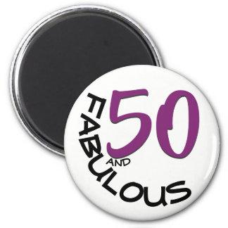 Imán 50.o cumpleaños púrpura y negro de la tipografía