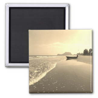 Imán abandonado Tailandia de la playa del vintage