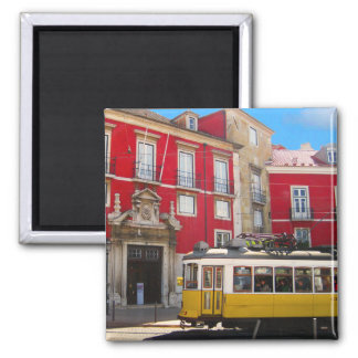Imán amarillo de la tranvía de Lisboa