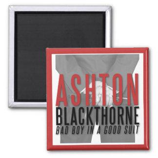 """Imán ¡Ashton Blackthorne """"se atrae"""" a usted el imán!"""