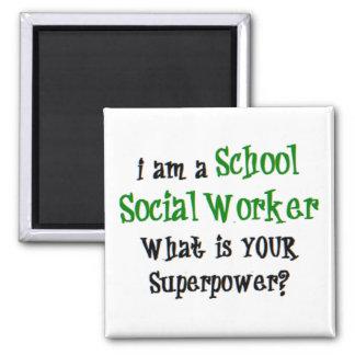 Imán asistente social de la escuela