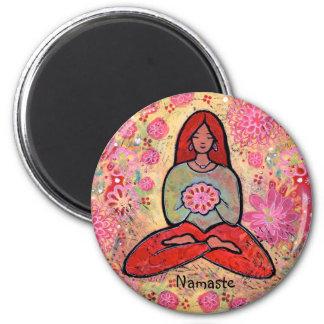 Imán Chica pelirrojo de la yoga de Namaste
