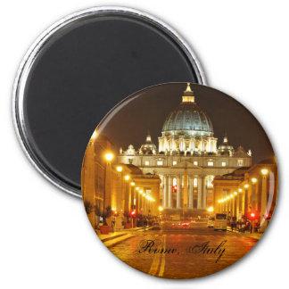 Imán Ciudad del Vaticano, Roma, Italia en la noche