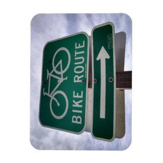 Imán clásico de la muestra de la ruta de la bici