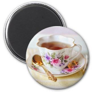 Imán de la cucharilla de la taza de té y del oro