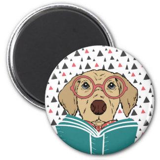 Imán del perro de la lectura