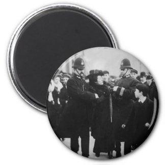 Imán Detención de un Suffragette en Londres Inglaterra
