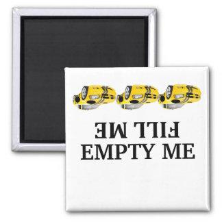 Imán El coche de carreras me llena vacío yo los imanes