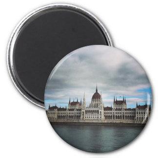 Imán El Parlement que construye Budapest, alameda de
