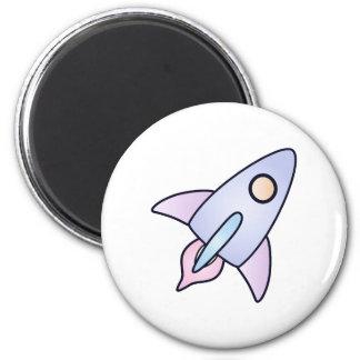 imán en colores pastel del cohete de espacio