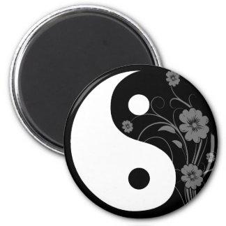 Imán floral negro de Yin Yang