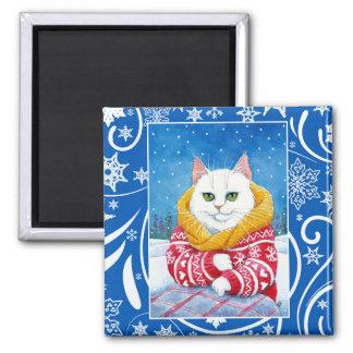 Imán Gato blanco lindo, naturaleza del invierno del