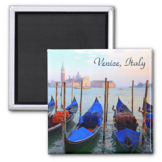 Imán Góndolas en el canal de Giudecca - Venecia, Italia