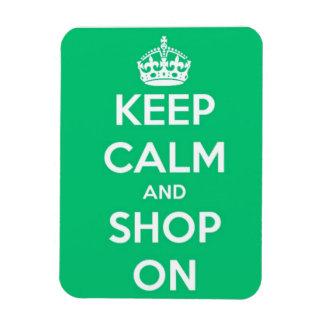 Iman Guarde la calma y haga compras en verde y blanco
