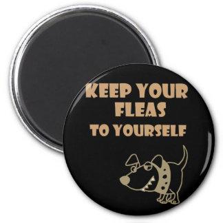 Imán Guarde sus pulgas a sí mismo dibujo animado del