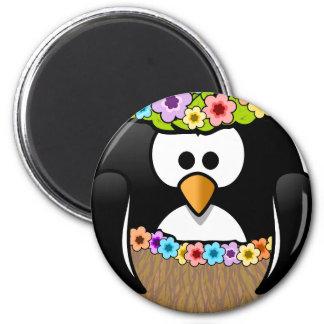 Imán Pingüino hawaiano con las flores y la falda de