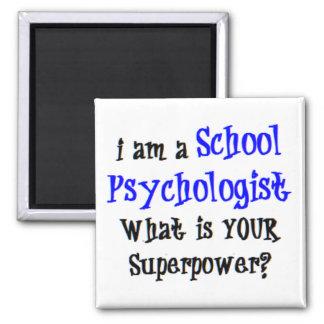 Imán psicólogo de la escuela