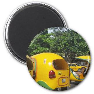 Imán Taxis amarillos brillantes de los Cocos de la