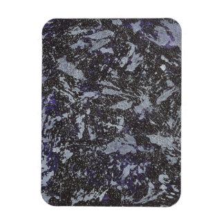 Iman Tinta blanco y negro en fondo púrpura