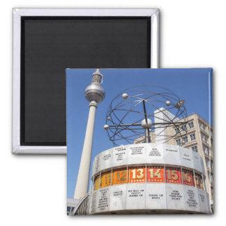 Imán Torre del reloj mundial y de la televisión,