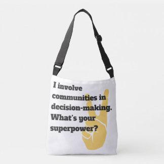 Implique el bolso del super héroe de las