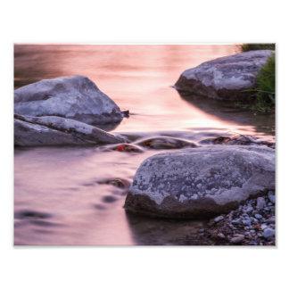 Impresión de la foto de las rocas del río
