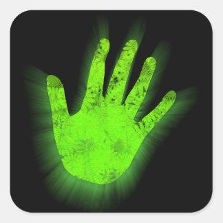 Impresión de la mano que brilla intensamente pegatina cuadrada