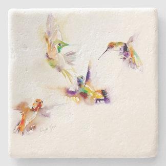 """Impresión del colibrí de """"cuatro acróbatas"""" posavasos de piedra"""