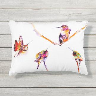 """Impresión del colibrí de las """"percas musicales"""" cojín de exterior"""