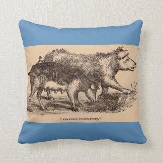 Impresión del siglo XIX de los cerdos del Cojín Decorativo