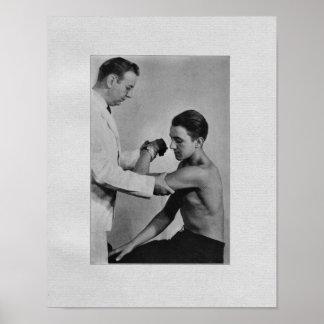 Impresión del vintage del examen del hombro de la