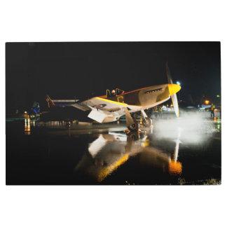 Impresión En Metal Mustango P-51 en la pista de despeque mojada 02