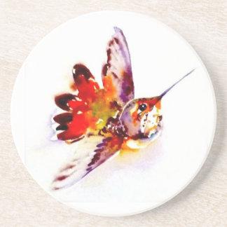 """Impresión roja del colibrí de """"Lil"""" encendido Portavasos"""