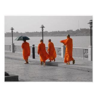 Impresión tailandesa de la foto de los monjes