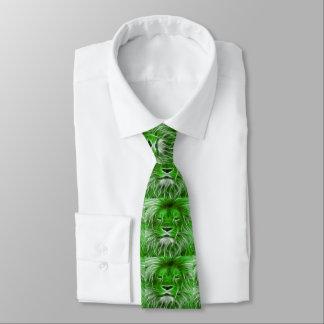 Impresión verde del león en la corbata de los