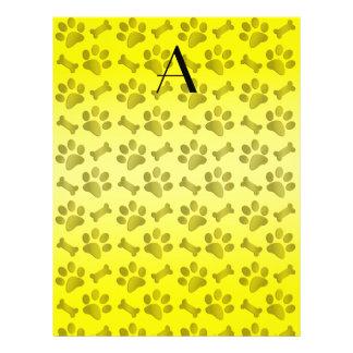 Impresiones brillantes de la pata del perro amaril tarjetas publicitarias