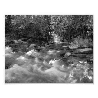 """""""Impresiones de la foto del río de la montaña"""""""