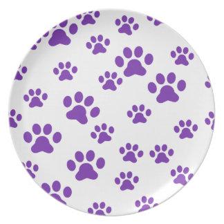Impresiones púrpuras de la pata platos para fiestas