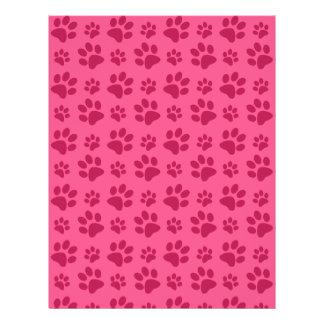 Impresiones rosadas de la pata del perro tarjetón