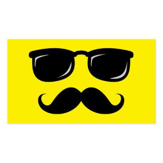 Inconformista de moda del bigote sonriente incógni plantilla de tarjeta de negocio