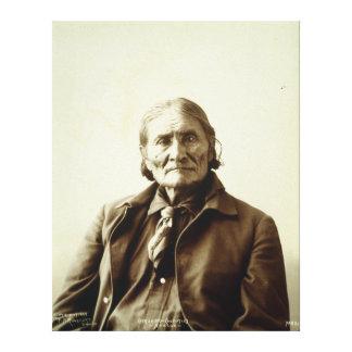Indio del nativo americano de Geronimo (Guiyatle)  Lona Estirada Galerias