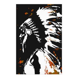 Indio del nativo americano dentro de las llamas papeleria