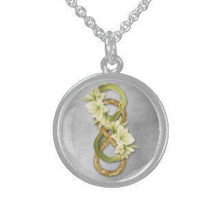 Infinito doble en la plata y Cowlilies - collar 1