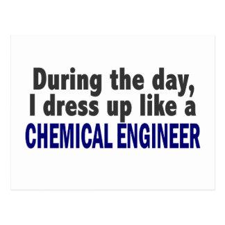 Ingeniero químico durante el día postal