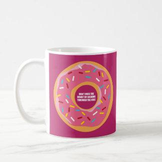 Ingenio, sabiduría y sarcasmo taza de café