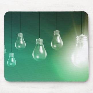 Innovación creativa y concepto que brilla alfombrilla de ratón