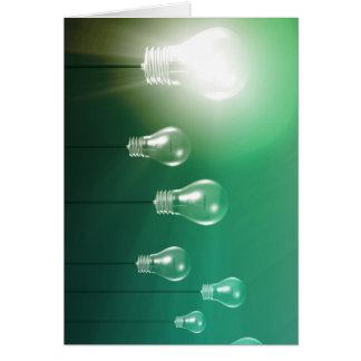 Innovación creativa y concepto que brilla tarjeta