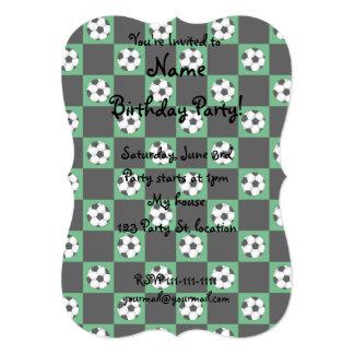 Inspectores verdes del balón de fútbol