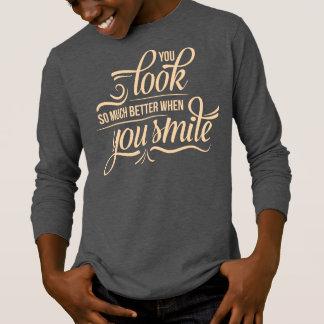 Inspirado mejor cuando usted camisa con mangas de