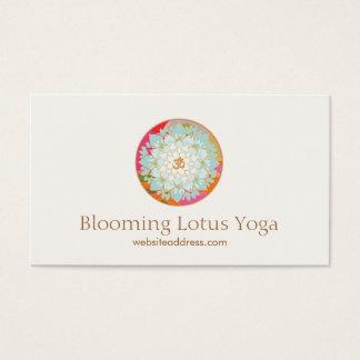 Instructor Lotus de la yoga y símbolo de OM Tarjeta De Visita